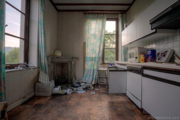 Villa Directeur - kitchen