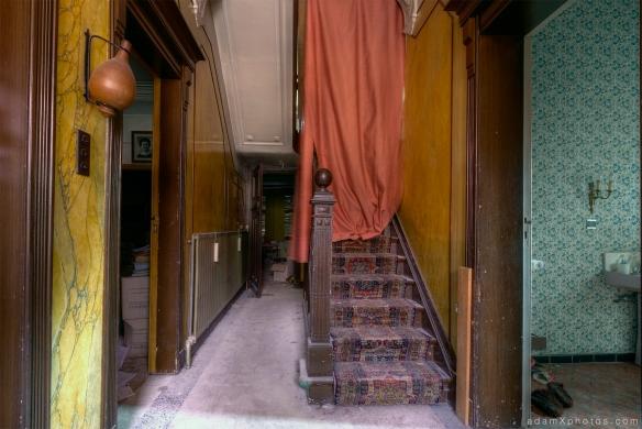 Villa Vital Adam X Urbex - hallway