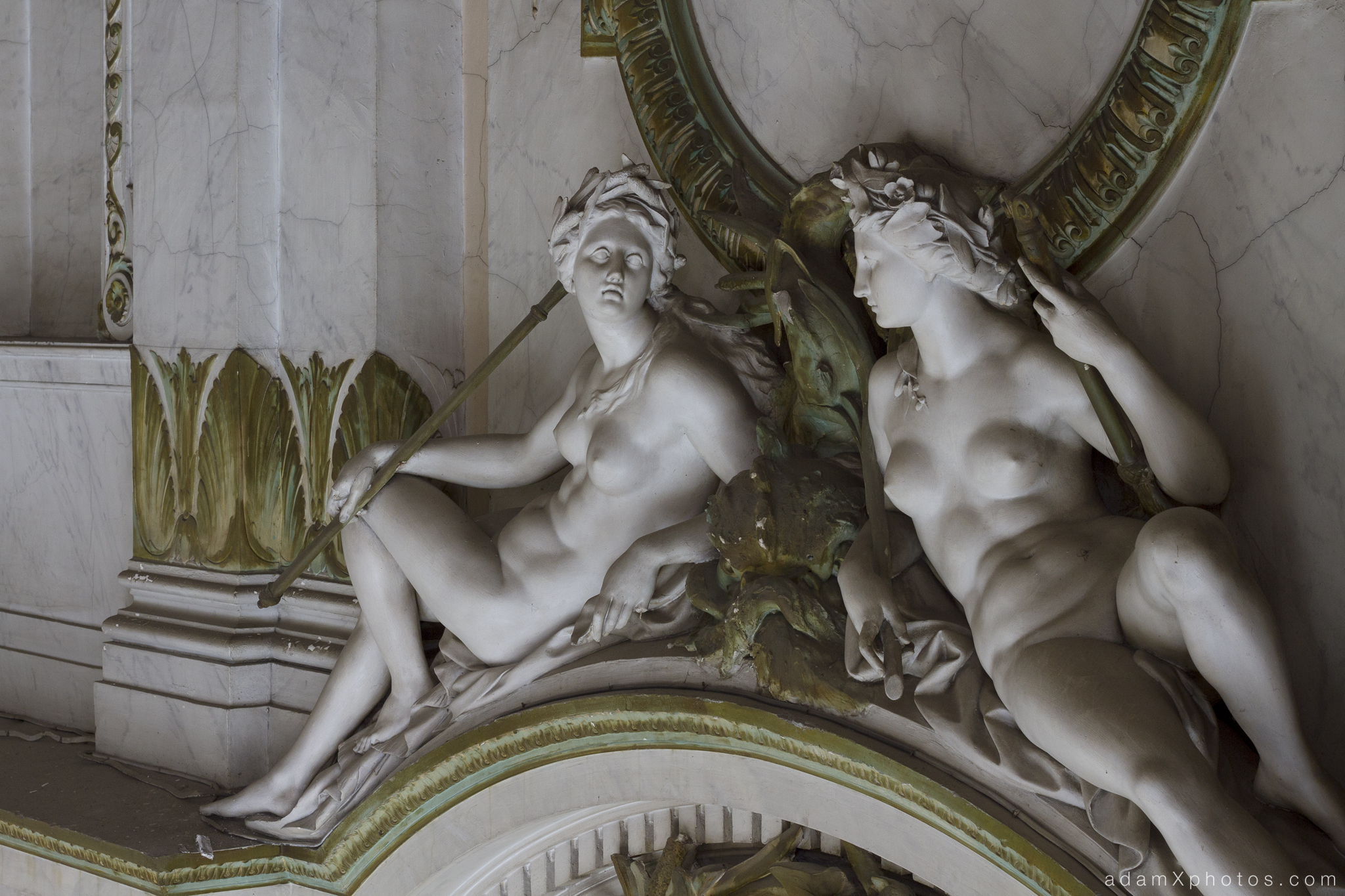 Adam X Alla Italia Belgium Urbex Urban Exploration statues ceiling detail