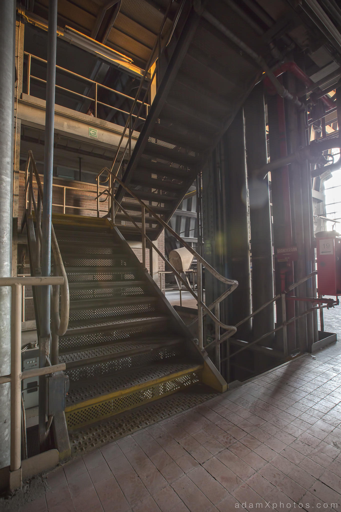 Urbex Urban Exploration Powerplant Gigawatt XL Cloud Factory stair staircase