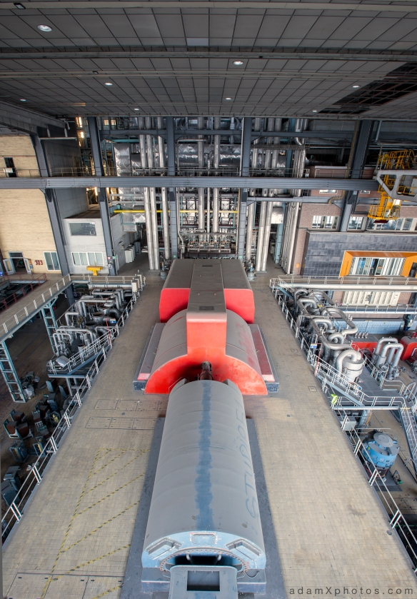 Urbex Urban Exploration Powerplant Gigawatt XL Cloud Factory turbines
