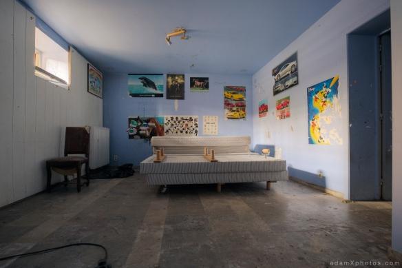 """""""Hotel Allegria"""" """"Adam X"""" Urbex Urban Exploration Belgium basement"""