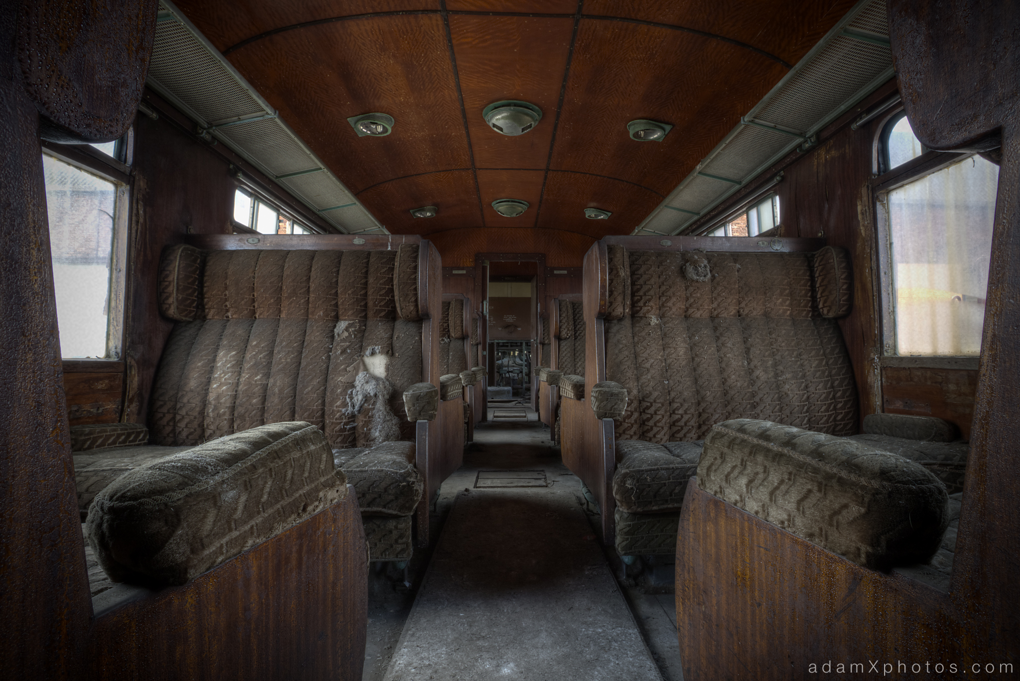 Adam X Urbex Urban Exploration Orient Express internal carriage corridor aisle