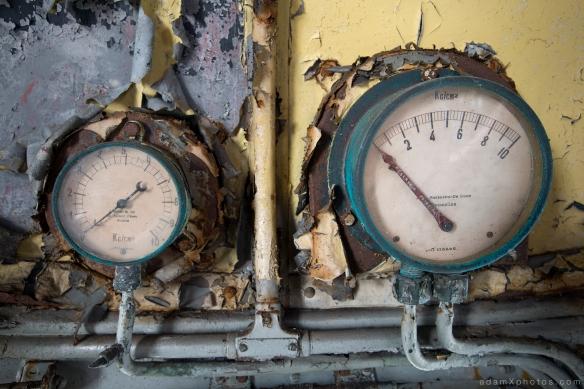 Adam X Urbex Urban Exploration Orient Express internal dials controls detail