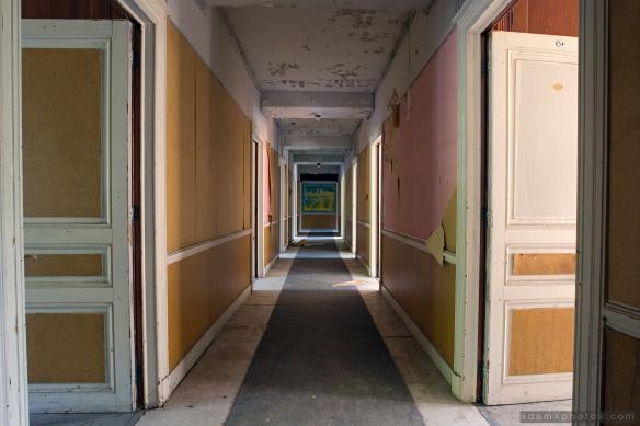 Adam X Urbex Urban Exploration Grand Hotel Regnier corridor Belgium