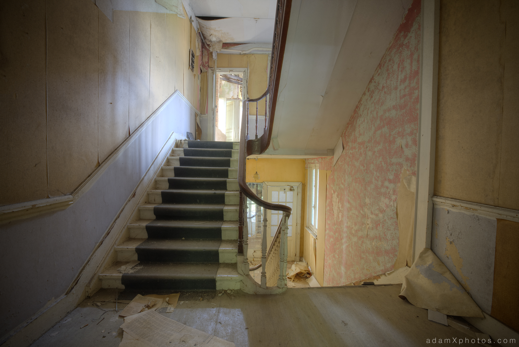 Adam X Urbex Urban Exploration Grand Hotel Regnier landing stairs staircase Belgium
