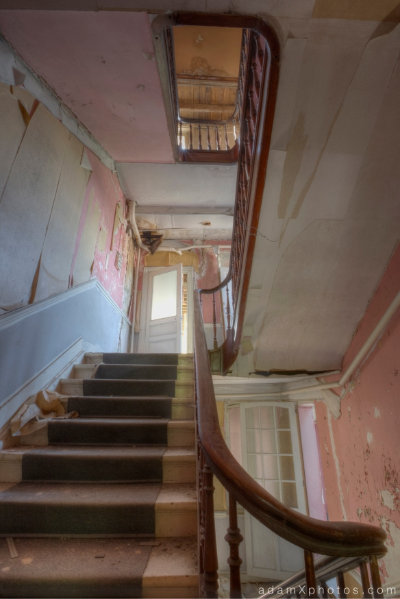 Adam X Urbex Urban Exploration Grand Hotel Regnier stairs staircase Belgium