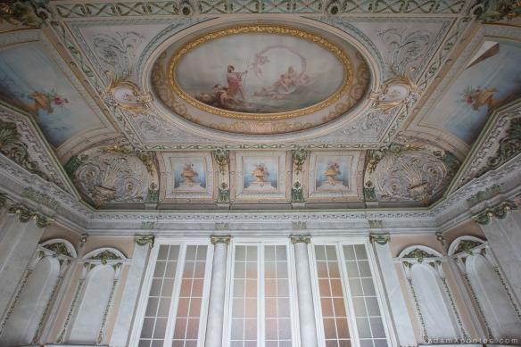 Adam X Alla Italia Belgium Urbex Urban Exploration ceiling