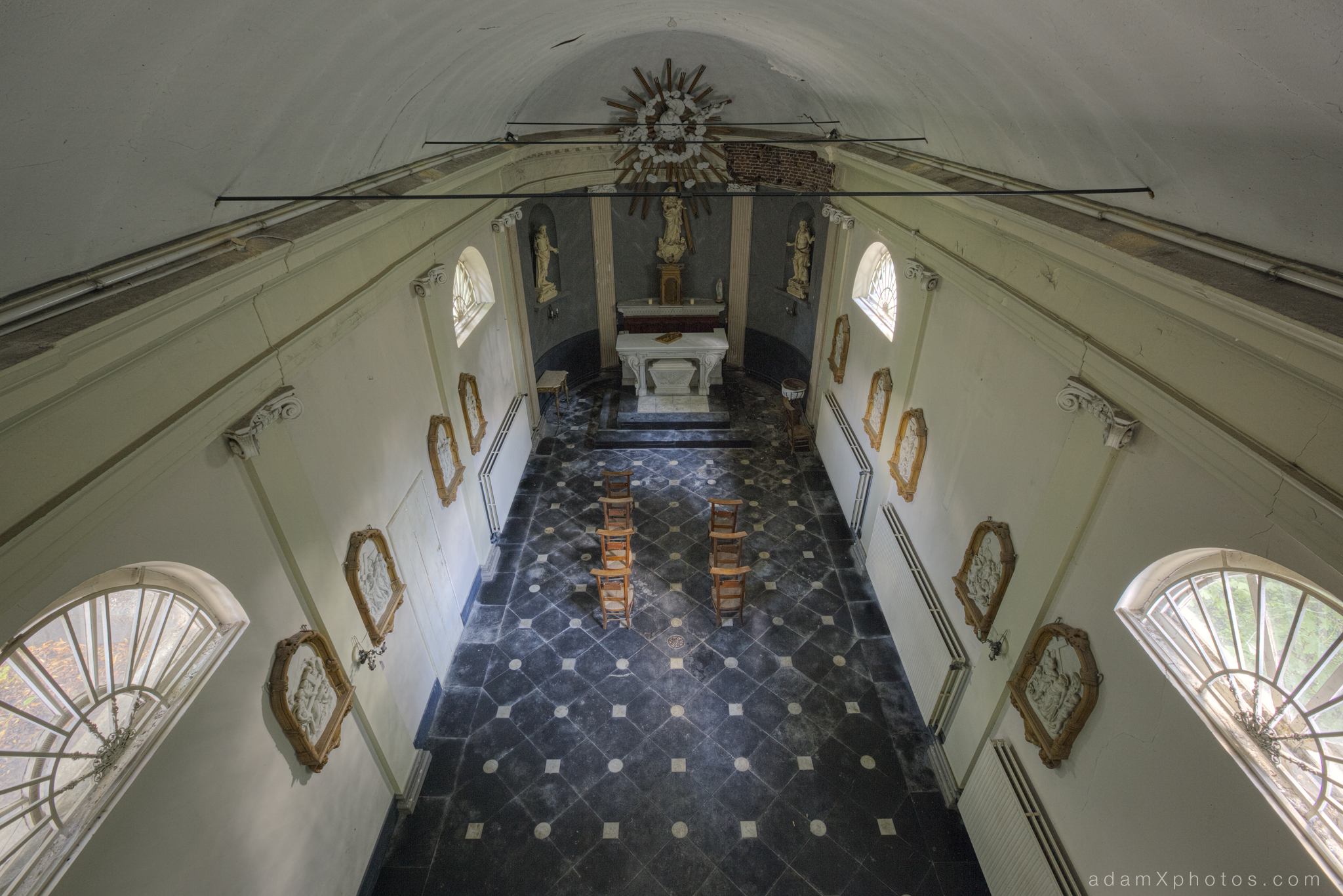 Adam X Chateau de la Chapelle urbex urban exploration belgium abandoned chapel
