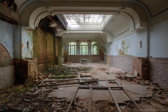 Adam X Urbex Urban Exploration Grand Hotel Regnier ballroom skylight windows colours Belgium