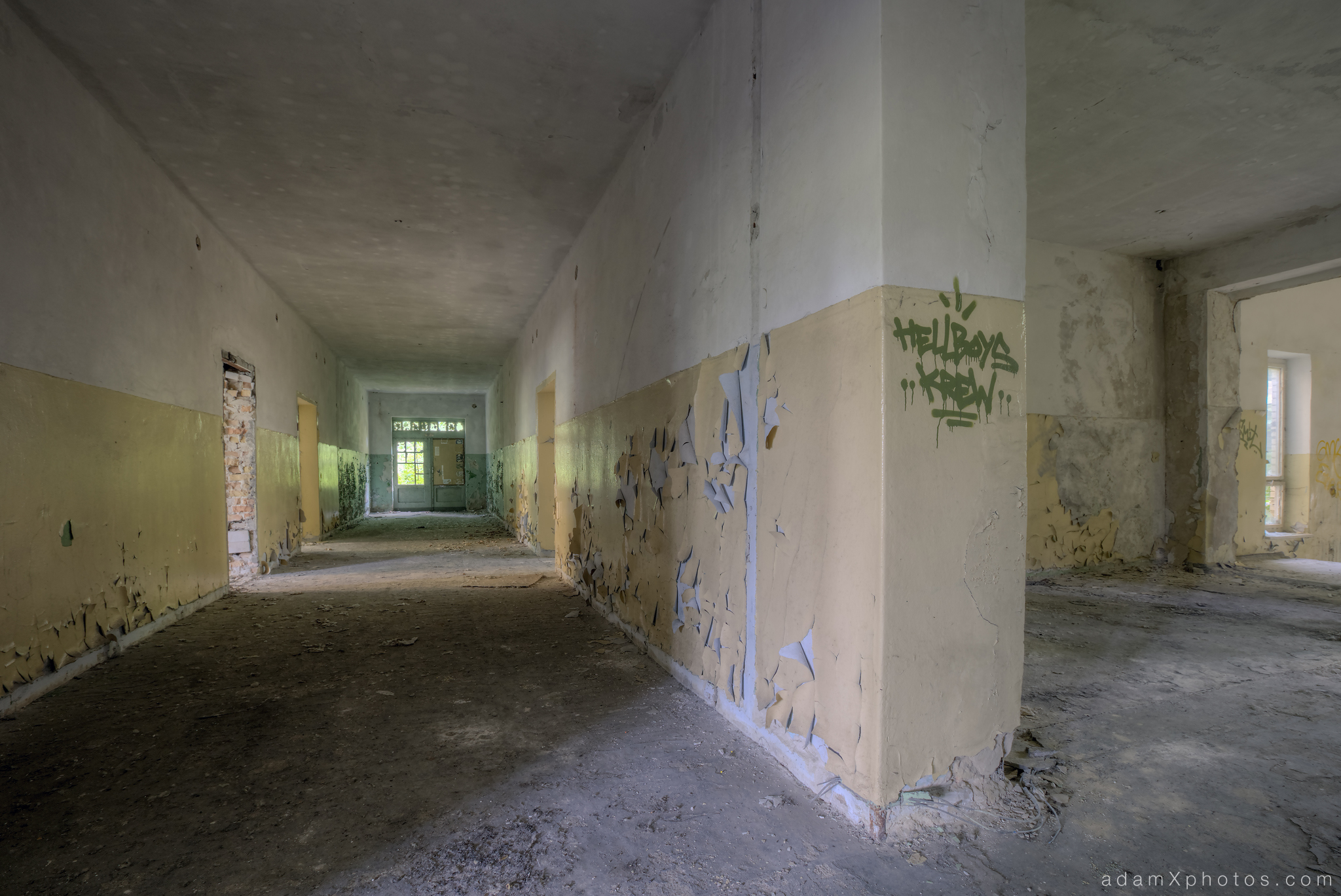 Adam X Urbex Urban Exploration Abandoned Germany Wunsdorf barracks soviet corridor decay peeling paint