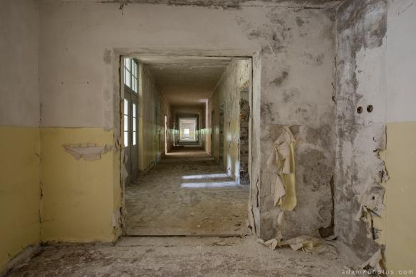 Adam X Urbex Urban Exploration Abandoned Germany Wunsdorf barracks corridor decay forgotten lost
