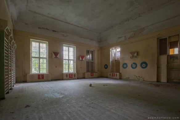 Adam X Urbex Urban Exploration Germany Juterbog School Soviet Russian Abandoned Lost Decay Gym Gymnasium