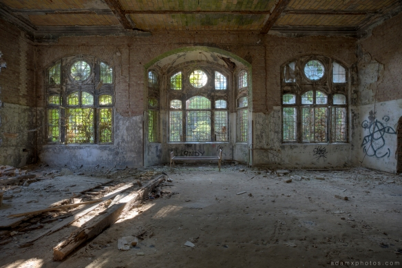 Adam X Urbex Beelitz Heilstatten Germany Urban Exploration Lung clinic Sanatorium Hospital Decay Lost Abandoned Hidden windows
