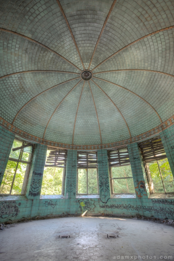 Adam X Urbex Beelitz Heilstatten Germany Urban Exploration Lung clinic Sanatorium Hospital Decay Lost Abandoned Hidden treatment room turquoise gold