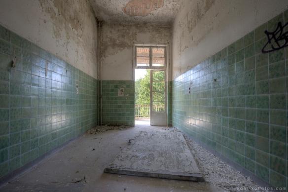 Adam X Urbex Beelitz Heilstatten Germany Urban Exploration Lung clinic Sanatorium Hospital Decay Lost Abandoned Hidden patient room