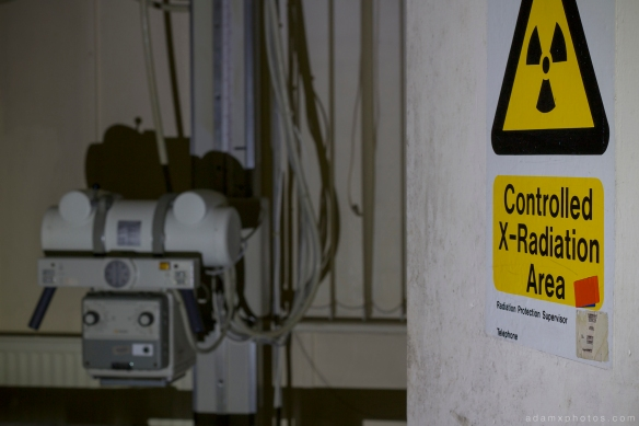 X-ray machine scanner radiation sign X-ray Labs lab laboratory x ray CMH Cambridge Military Hospital Adam X Urbex UE Urban Exploration abandoned derelict unused empty disused decay decayed decaying grimy grime