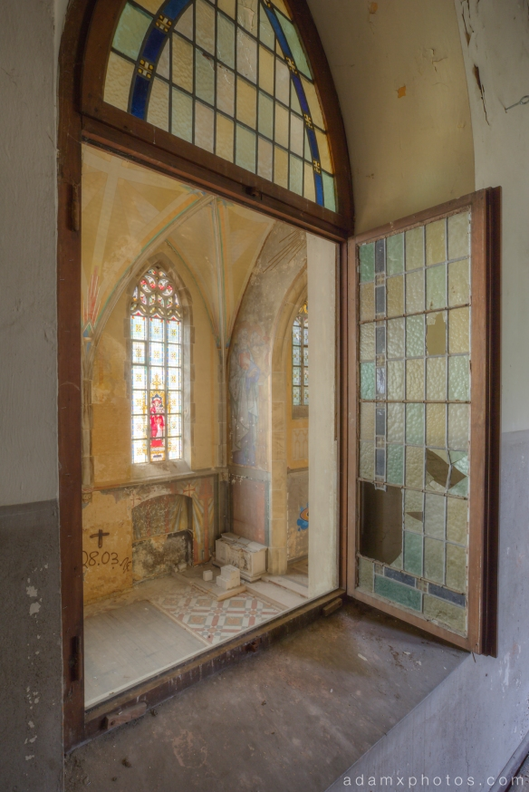Upstairs through window Adam X Urbex UE Urban Exploration Germany Kent School Saint Sint St Jozefsheim chapel church abandoned derelict unused empty disused decay decayed decaying grimy grime