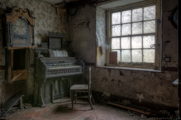 Cloud House Cloud Cottage Wales Urbex Urban exploration Adam X Urban Exploration Photo photos photographs UK March 2015 report abandoned disused derelict decay decayed