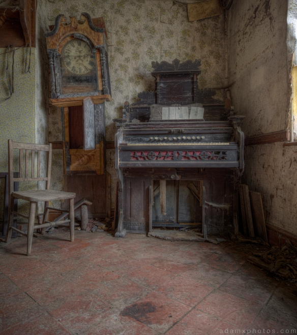 Cloud House Cloud Cottage Organ Piano Wales Urbex Urban exploration Adam X Urban Exploration Photo photos photographs UK March 2015 report abandoned disused derelict decay decayed