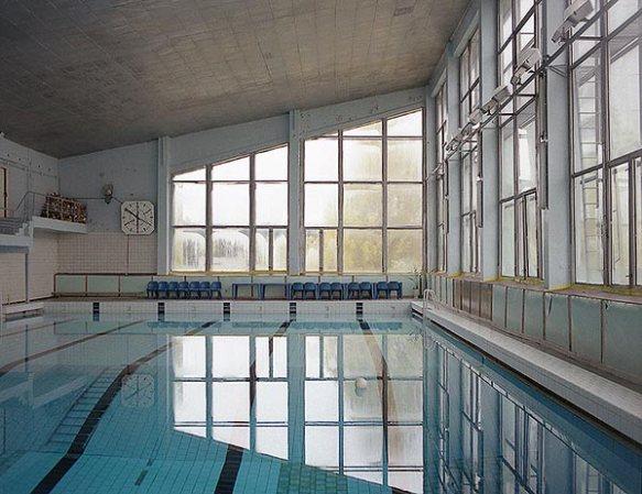 October_1996-Swimming_Pool