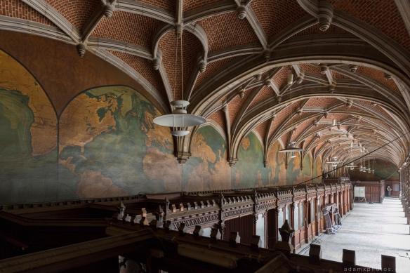 maps world ceiling tiles columns CDC Chambre De Commerce Antwerp Belgium Antwerpen Urbex Adam X Urban Exploration 2015 Abandoned decay lost forgotten derelict