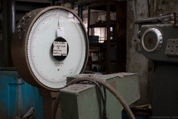 Scale scales West Bromwich Spring Company Helical Works Springs industry industrial Urbex Adam X Urban Exploration 2015 Abandoned decay lost forgotten derelict