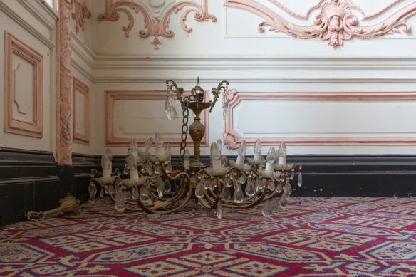 Broken chandelier chandeliers Ballroom Grosvenor Room The Grand Hotel Birmingham Urbex Adam X Urban Exploration 2015 Abandoned decay lost forgotten derelict