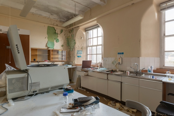 Laboratory Lab Royal Hospital Haslar Gosport History Naval Navy Military Hospital Urbex Adam X Urban Exploration Infiltration Access 2015 Abandoned decay lost forgotten derelict