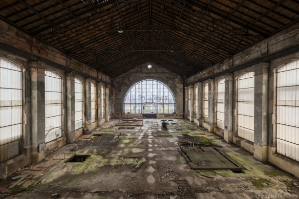 Turbine Hall Windows glass large Powerplant Puits Simon II (PS II) decay Urbex Adam X Urban Exploration Access 2016 Abandoned decay lost forgotten derelict location