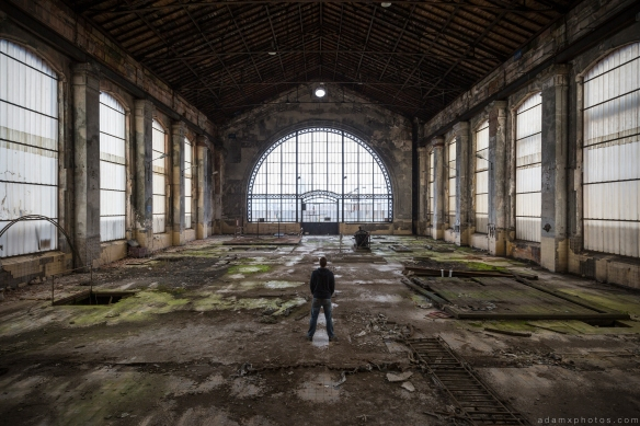 Selfie turbine hall window ornate detailed Powerplant Puits Simon II (PS II) decay Urbex Adam X Urban Exploration Access 2016 Abandoned decay lost forgotten derelict location