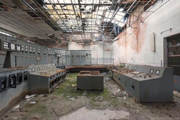 Control Room units Powerplant Puits Simon II (PS II) decay Urbex Adam X Urban Exploration Access 2016 Abandoned decay lost forgotten derelict location
