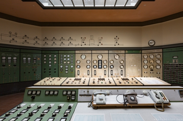 Control panels telephones skylight Retro Vintage Green Control Room Art Deco Kraftwerk Plessa Urbex Powerplant Germany Adam X Urban Exploration Access 2016 Abandoned decay lost forgotten derelict location