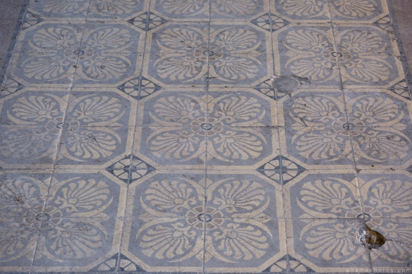 Vintage tiles retro old Villa Guano Villa Miley Urbex Germany Adam X Urban Exploration Access 2016 Abandoned decay lost forgotten derelict location Deutschland