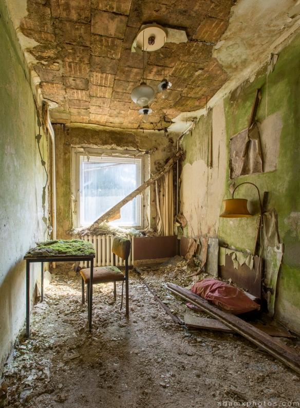 Decaying room Grand Hotel Atlantis Urbex Germany Adam X Urban Exploration Access 2016 Abandoned decay lost forgotten derelict location Deutschland