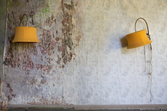 Lights lampshades still life mould mouldy wallpaper Grand Hotel Atlantis Urbex Germany Adam X Urban Exploration Access 2016 Abandoned decay lost forgotten derelict location Deutschland