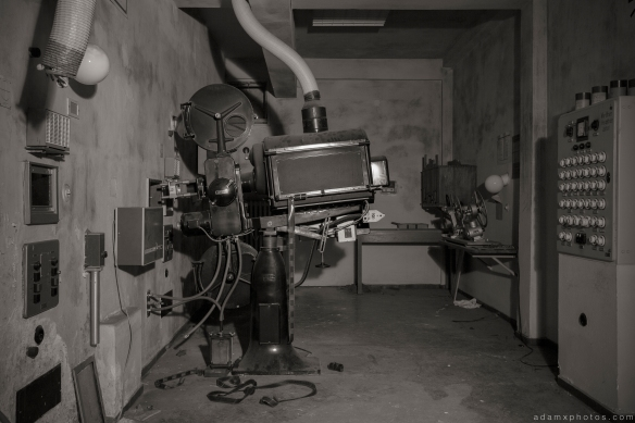 Projector black and white Salem Sanatorium Urbex Germany Adam X Urban Exploration Access 2016 Abandoned decay lost forgotten derelict location Deutschland