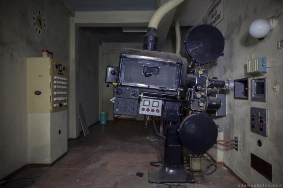 Projector room Salem Sanatorium Urbex Germany Adam X Urban Exploration Access 2016 Abandoned decay lost forgotten derelict location Deutschland