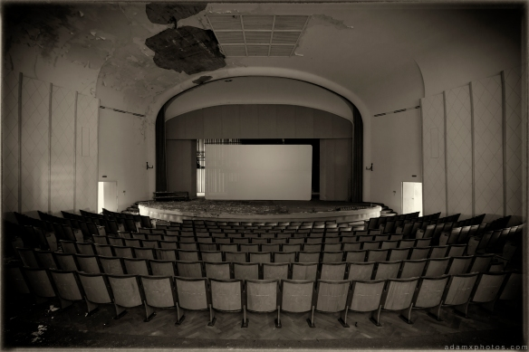 Cinema Theatre sepia Salem Sanatorium Urbex Germany Adam X Urban Exploration Access 2016 Abandoned decay lost forgotten derelict location Deutschland