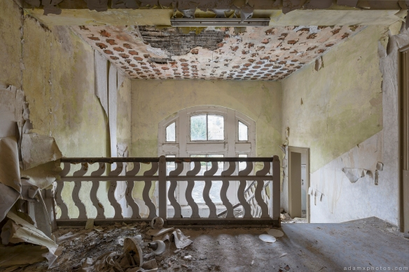 landing Staircase bannisters peeling paint Ferienhotel Sachsenhof Hotel Ski Alpine Urbex Germany Adam X Urban Exploration Access 2016 Abandoned decay lost forgotten derelict location Deutschland Mould