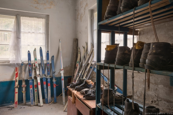 Skis ski boots lodge alpine resort Ferienhotel Sachsenhof Hotel Ski Alpine Urbex Germany Adam X Urban Exploration Access 2016 Abandoned decay lost forgotten derelict location Deutschland Mould